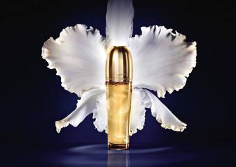 嬌蘭 - 全新「蘭鑽精奢氧生金萃油」匯聚20種珍稀精華油 一滴啟動 熟齡回嫩