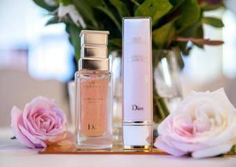 Dior - 迪奧「精萃再生微導眼凝萃」 首創10顆微導珍珠 22種珍稀玫瑰營養 導出疲憊 導入明眸光采