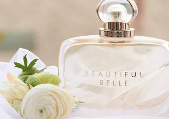 雅詩蘭黛 - 此生一定要擁有的人生婚禮香水 睽違三年推出「美麗香水-貝兒系列」完美詮釋戀人相識、相愛過程