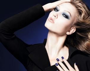 [限量] 迪奧2011秋季彩妝 夜藍鏡銀交織出千面風貌 迷漾深邃且神秘性感