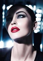 [限量] GIORGIO ARMANI 2011秋季限量彩妝 「JACQUARD緹花編織」系列 頂級緹花布紋,渲染這一季的華麗時尚