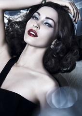 [限量] Giorgio Armani Cosmetics 2011聖誕限量彩妝 珠貝光夜宴 讓女人瞬間化身30年代耀眼名媛!