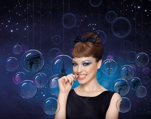 [新品]  巴黎 ‧ 幻藍月光 映染十指璀璨繽紛 BOURJOIS妙巴黎 新一下就好指甲油