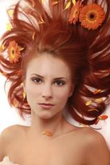 [報導] 染燙變髮 美麗之道 法國拉贊提 頭皮防護與髮質修復 極品推薦