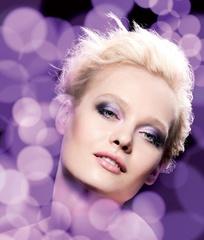 [聖誕] The Body Shop 限量聖誕彩妝 讓妳的每個夜晚 如艷蝶般飛舞 星光熠爍