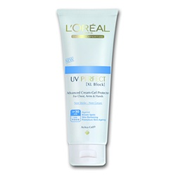 L`OREAL PARiS 巴黎萊雅 身體防曬-完美UV 身體防曬乳SPF30 / PA+++