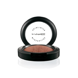 M.A.C  多用途彩妝品-柔礦迷光彩虹餅