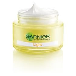 GARNIeR 卡尼爾 晶亮-美白系列-晶亮零瑕淨白乳霜 SPF17.PA++