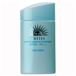 pefect essence sunscreenSPF50+/PA+++ 安耐曬 粉藍防曬水精華SPF50+/PA+++