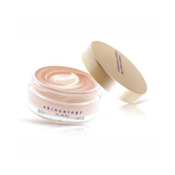 BioBeauty  粉霜(含氣墊粉餅)-TRF黃金酵母青春亮顏絲光粉凝霜