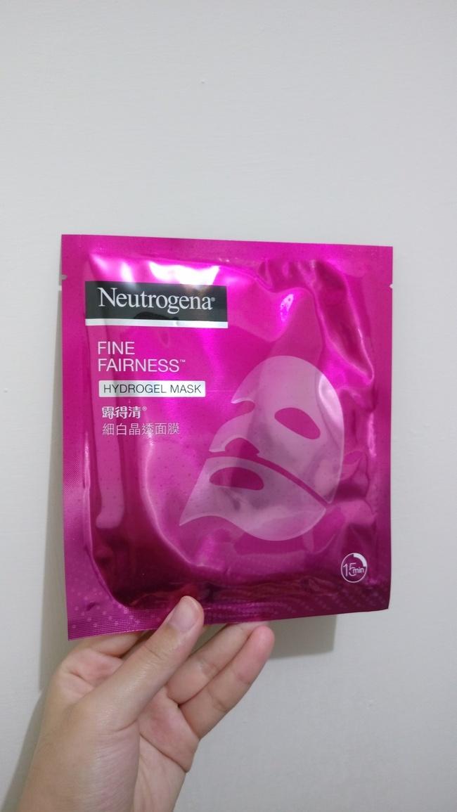 林蒜头 - [Neutrogena 露得清] 晶透细白面膜